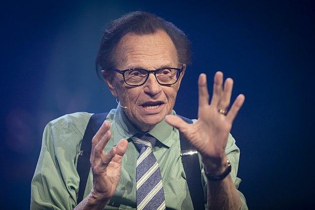 Muere por coronavirus el famoso presentador de televisión estadounidense, Larry King