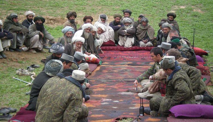 Talibanes buscan a los afganos que ayudaron a fuerzas de EEUU y OTAN